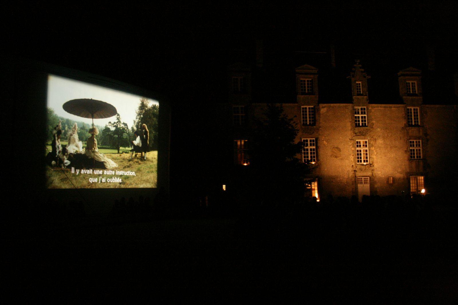 Ciné site au château de Bourgon