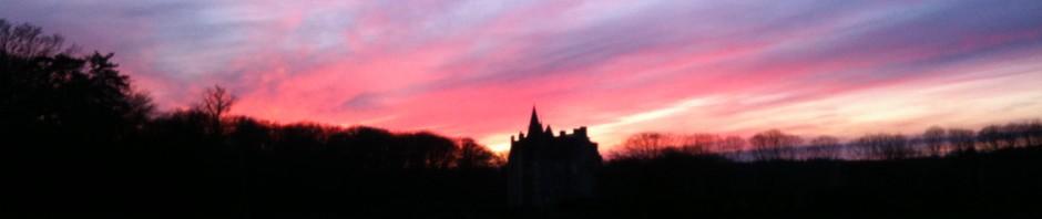 Château de Bourgon au crépuscule